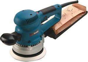 Makita Exzenterschleifer 150 mm inklusive Schleifpapier-Set im Makpac, BO6030JX